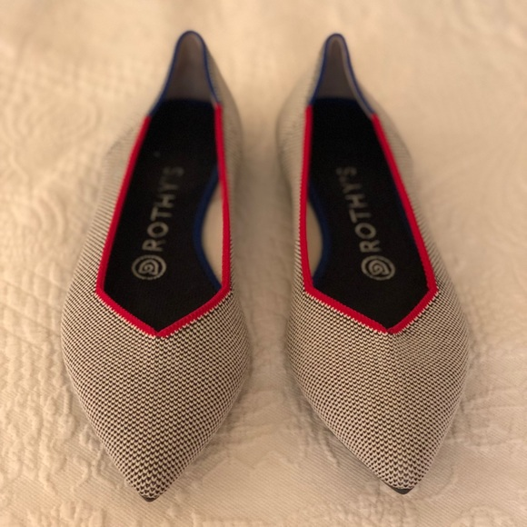 5 Off Rothys Pointed Flat